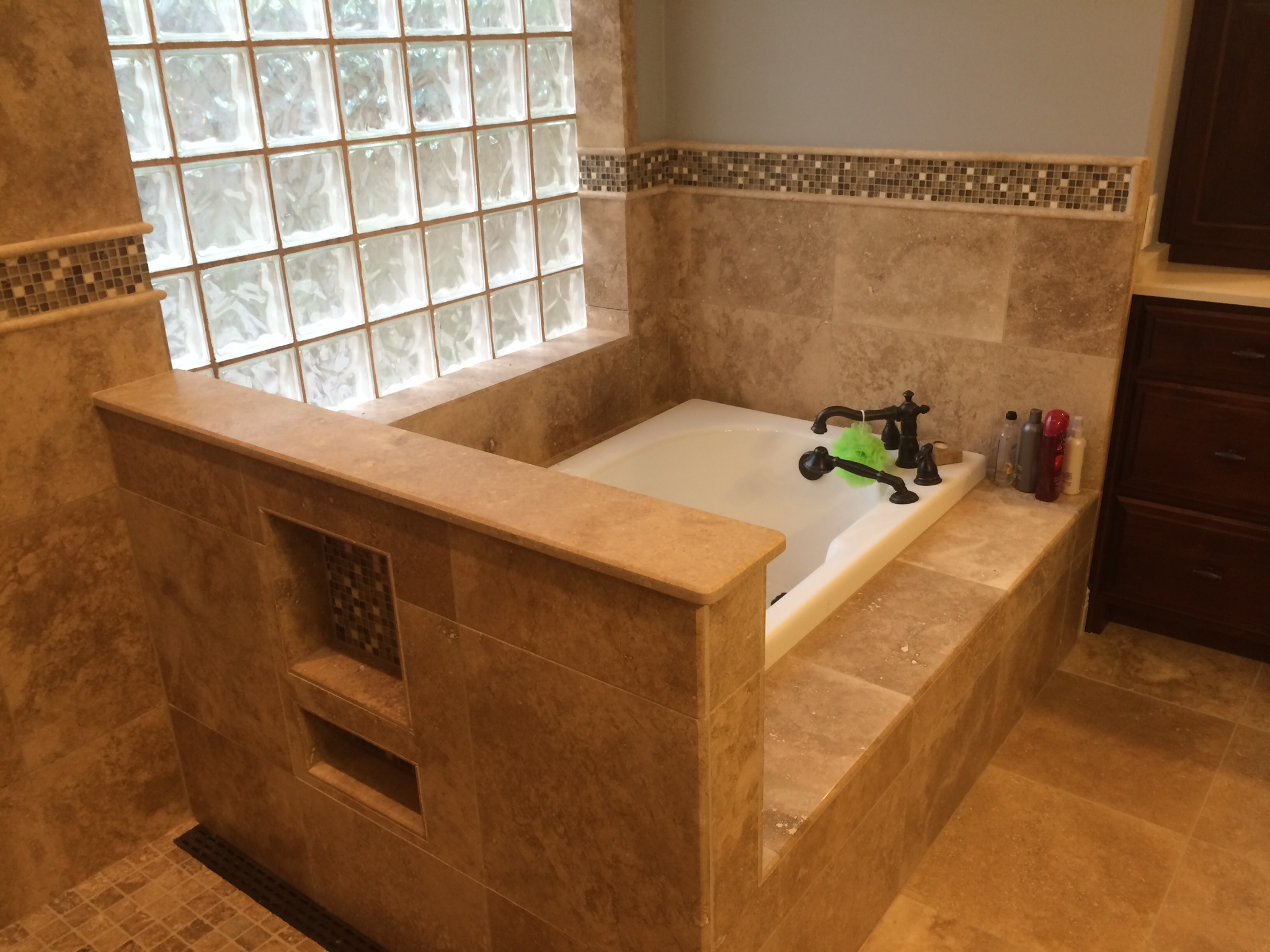 Jacuzzi Tub With Roman Faucet Custom Home Remodeling In Gulfport